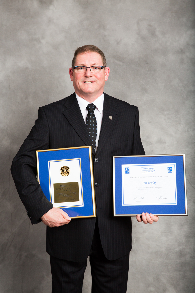 2015 - Tom Broddy CIM Distinguished Service Medal